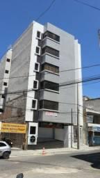 Apartamento com 02 Quartos no Centro da Cidade e com 01 Vaga de Garagem