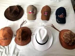 Título do anúncio: Vendo roupas chapéus, bonés