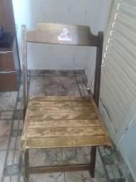 Título do anúncio: Cadeira dobrável em madeira só precisa envernizar