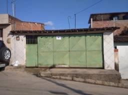 Casa em São Lourenço com dois quartos e garagem
