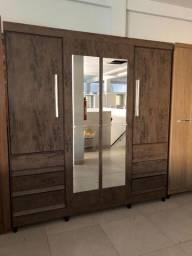 Roupeiro 4 portas com espelho