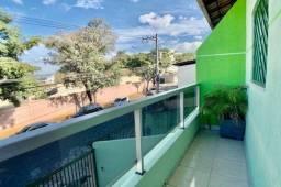 Taynah / Regiane - Casa de 3 quartos no Cabral