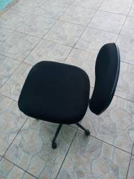 Cadeira de escritório usada