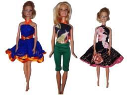 Título do anúncio: Roupas Para Bonecas Modelo Barbie