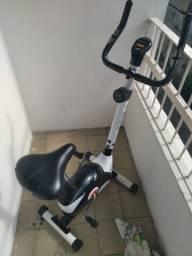 Título do anúncio: Bicicleta hergometrica