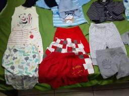 Lote de roupas e calcados de bebê usados em otimo estado
