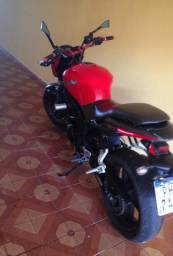 Vendo moto semi nova