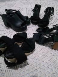Sandália moleca pouco uso
