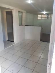 Casa em Jardim Paulista Baixo/ valor já com água ( poço)