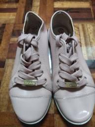 Tênis MOLECA linha confort rosa claro 34