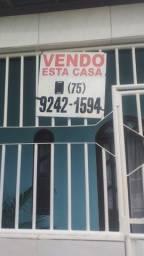 Vendo está casa com um ponto de comércio.