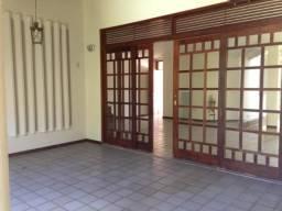 Casa comercial de 4 quartos semi-mobiliado Direto com o Proprietário em Capim Macio, 6188