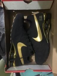 Nike shox delivery tamanho 40