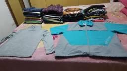 Lote de roupas femininas G tudo por 130.00