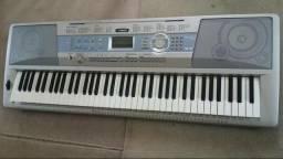 Teclado Yamaha dgx 200