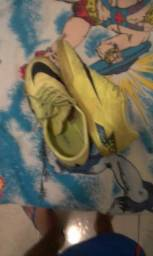 Vende-se ou troca-se chuteira da Nike Hypervenom