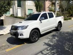 Toyota Hilux CD D4-D 4x4 3.0 Diesel Parcelado! contato * - 2014