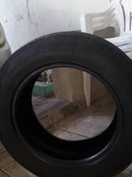 Vendo um pneu está ótimo