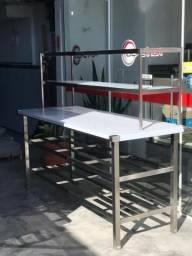 Mesa industrial em Aço Inox com prateleiras de apoio - 100% em AÇO Inox