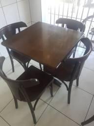 Mesas e cadeiras em GURUPI