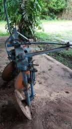 Trator Agrale 4100 mais implementos