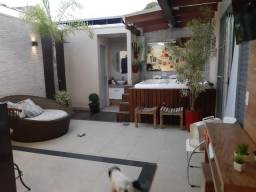 Apartamento no Sidil,próximo as escolas,com área gourmet completa e spa com cinco vagas