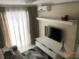 Apartamento com 02 quartos sendo 01 suíte