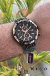 Última unidade deste relógio top a pronta entrega em São Luís.