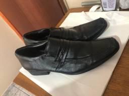 Sapato social masculino vendo ou troco