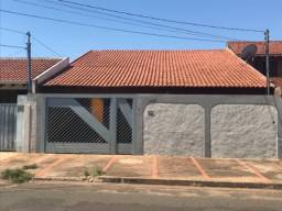 Vende-se casa no bairro coophavila II