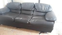 Sofá de couro para restauração