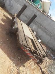 Carreta reboque plataforma para carro ou caminhonete