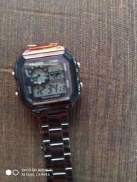 Relógio digital prova d'água