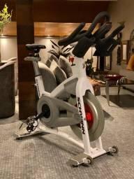 Locação/aluguel Bike spinning Schwinn Ac Performance -Painel