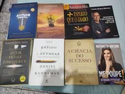 Título do anúncio: Livros Rápido e devagar mais 7 livros