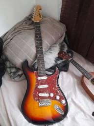 Guitarra Strato Tagima mg32