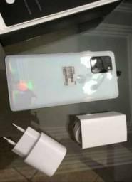 Samsung S10 na caixa