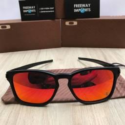 Óculos Oakley Latch squared Ferrari polarizado