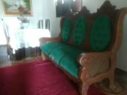 Sofá madeira cerejeira