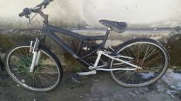 Bicicleta barato ou troco por algo do meu interesse