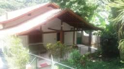 Centro px casa c 4 qtos garagem amplo jardim