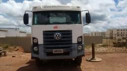 Caminhão Volkswagen 13.180 Constellation 2009/2010 Ipva pago este ano - 2009