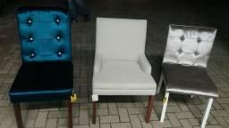 Cadeiras e pufs