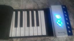 Vendo teclado musical dobrável