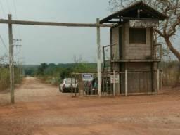 Condomínio fechado no coxipó