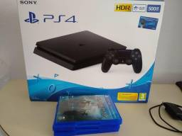 Playstation 4 na caixa