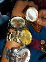 Vende-se Relógio masculino e feminino
