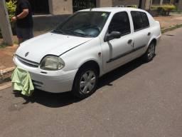 Clio sedan 2001/01, 1.6 Completo, muito conservado!! - 2001