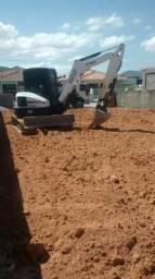 Mini escavadeira Bob cat E50 ou troco por Hyundai 140