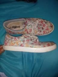 Sapato florido n.37